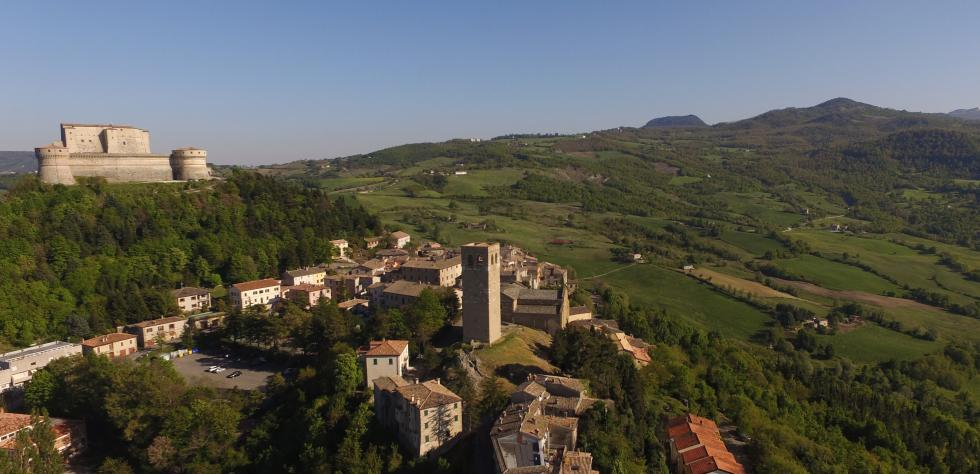 San Leo with its fortress and duomo